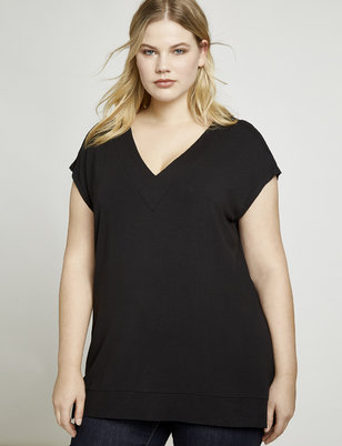 b0142acf315 Everyday Essentials: Plus Size Closet Staples | ELOQUII