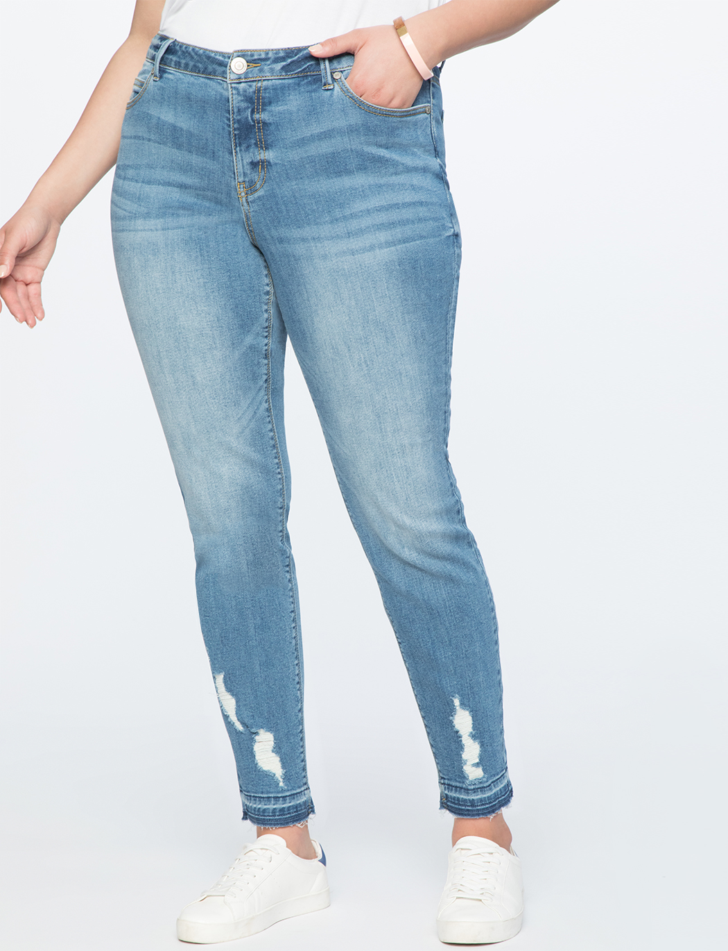 Destructed Hem Ankle Skinny Jean