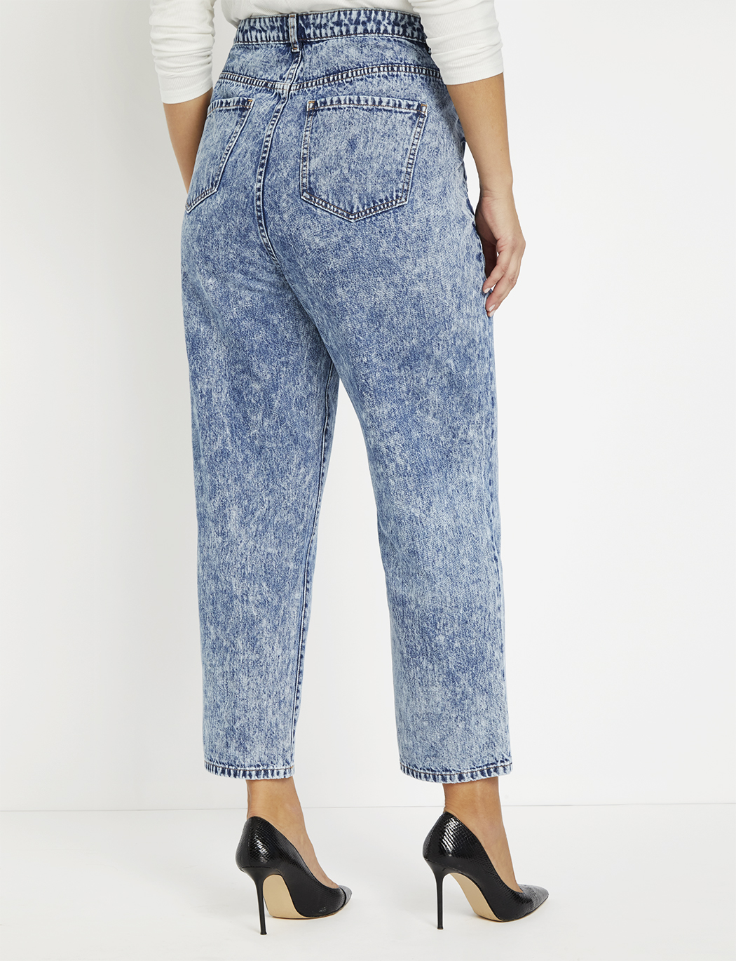 Button Fly Relaxed Fit Jean