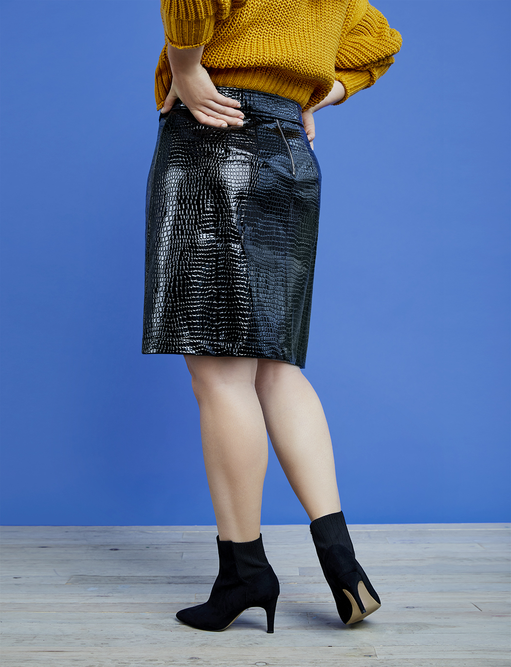 R29 x ELOQUII Embossed Mini Skirt