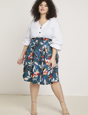Plus Size Skirts: Midi, Maxi, More | ELOQUII