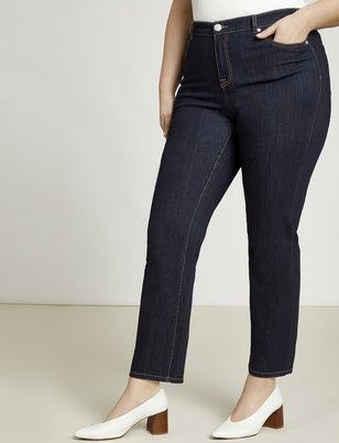 Essential Relaxed Slim Jean