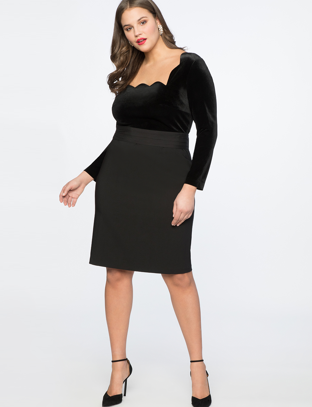 Scallop Neckline Sheath Dress