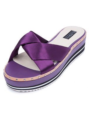 Sateen Cross Flatform Sandal