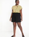 Pleated Shorts with Belt Black