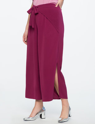Side Slit Cropped Pant