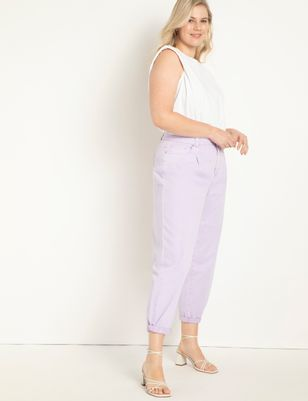 Pleat Front Relaxed Jean