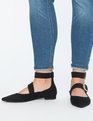 Isa Pearl Buckle Flat Black