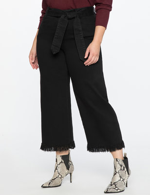 Crop Jean With Frayed Hem